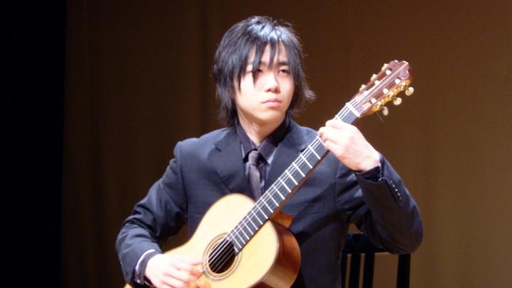 猪居 謙 ギターリサイタルのお知らせ。