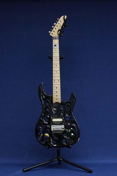 井波ギター2
