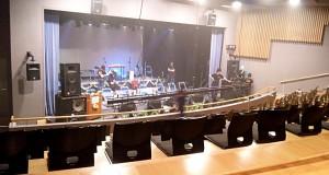 ステージ全景