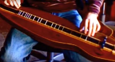 楽器動画: Appalachian Dulcimer(アパラチアン・ダルシマー)の演奏