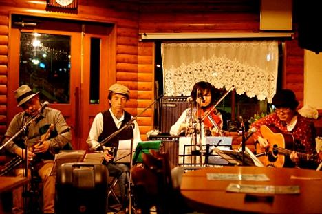 お蔭様で無事終了致しました。 2012年5月6日(日)さいとうともこ with Os'Sunla LIVE@東淀川 オッピドムライブ