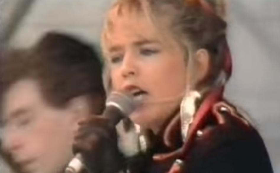 80年代にメジャーになったトラッド系の音を使ったバンド。但しモロそれっぽいのは除く(^_-)