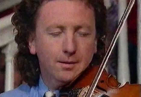 楽器動画:Frankie Gavin(フランキー・ギャビン)さんの演奏