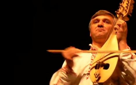 楽器動画:Gadulka(ガドゥルカ)