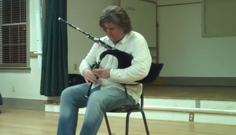 楽器動画:Fred Morrisonさんの演奏