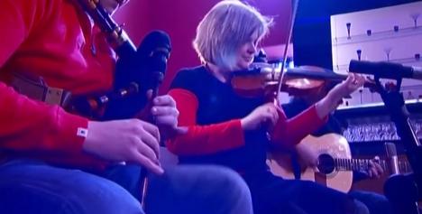 楽器動画:Finlay MacDonaldさんのパイププレイ