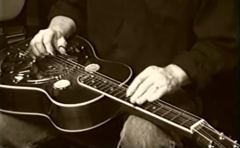 楽器動画: ドブロギター