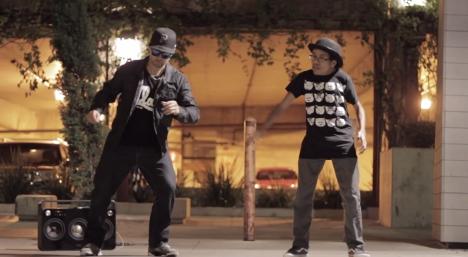 動画:アニメーションダンスの達人さん達