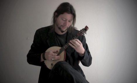 楽器動画:ロシアの弦楽器