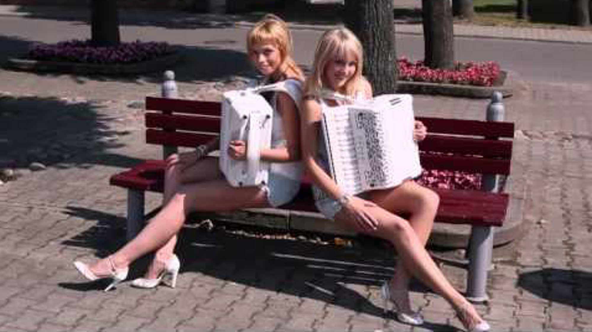 楽器動画:ロシアのアコーディオン弾きさんは一味違う