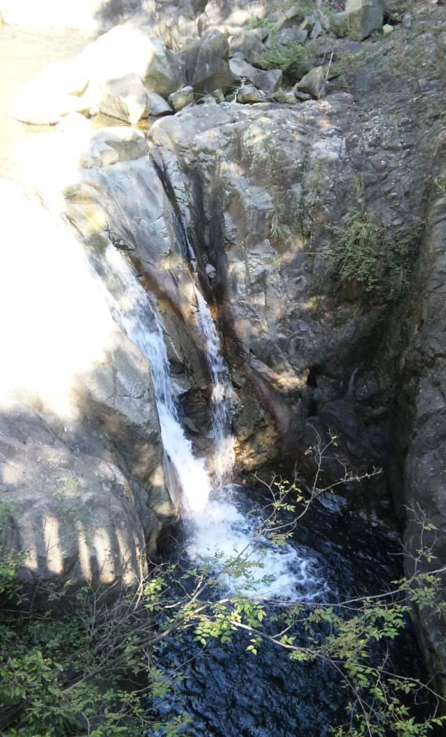 布引の滝2を上から見る