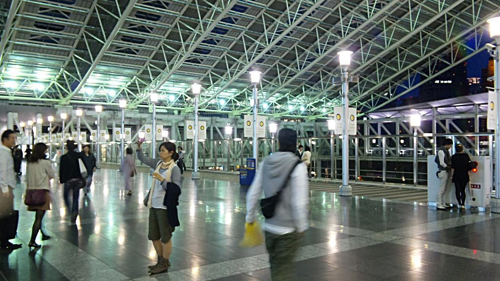 新しい大阪駅をちょっとウロウロ