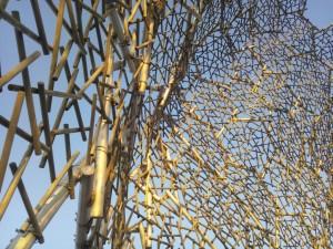 蜂の巣形状カバー