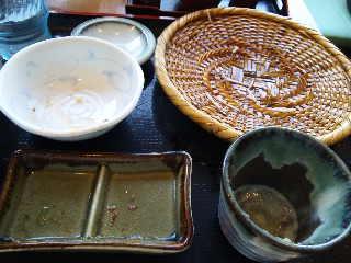 長野駅前で昼ご飯